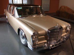 mercedes benz limousine 83997 960 720 300x225 - Un esprit sain dans un corps sain ? Le test !