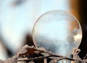 bulle de noel 300x218 - Bonnes fêtes de fin d'année