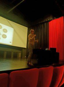 conférence 1 221x300 - En images et vidéos